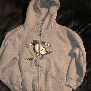 Boys NHL 🐧 hoodie!
